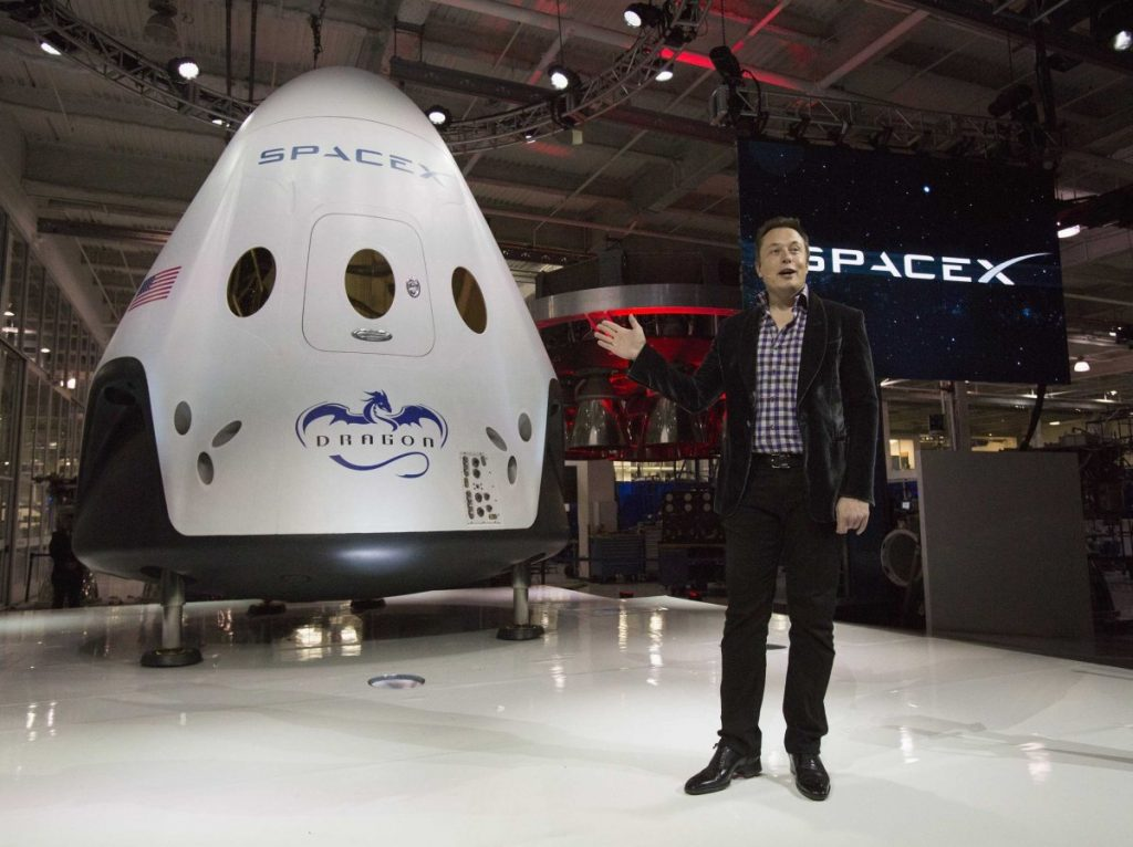 Spacex Dragon Spacecraft Capsule